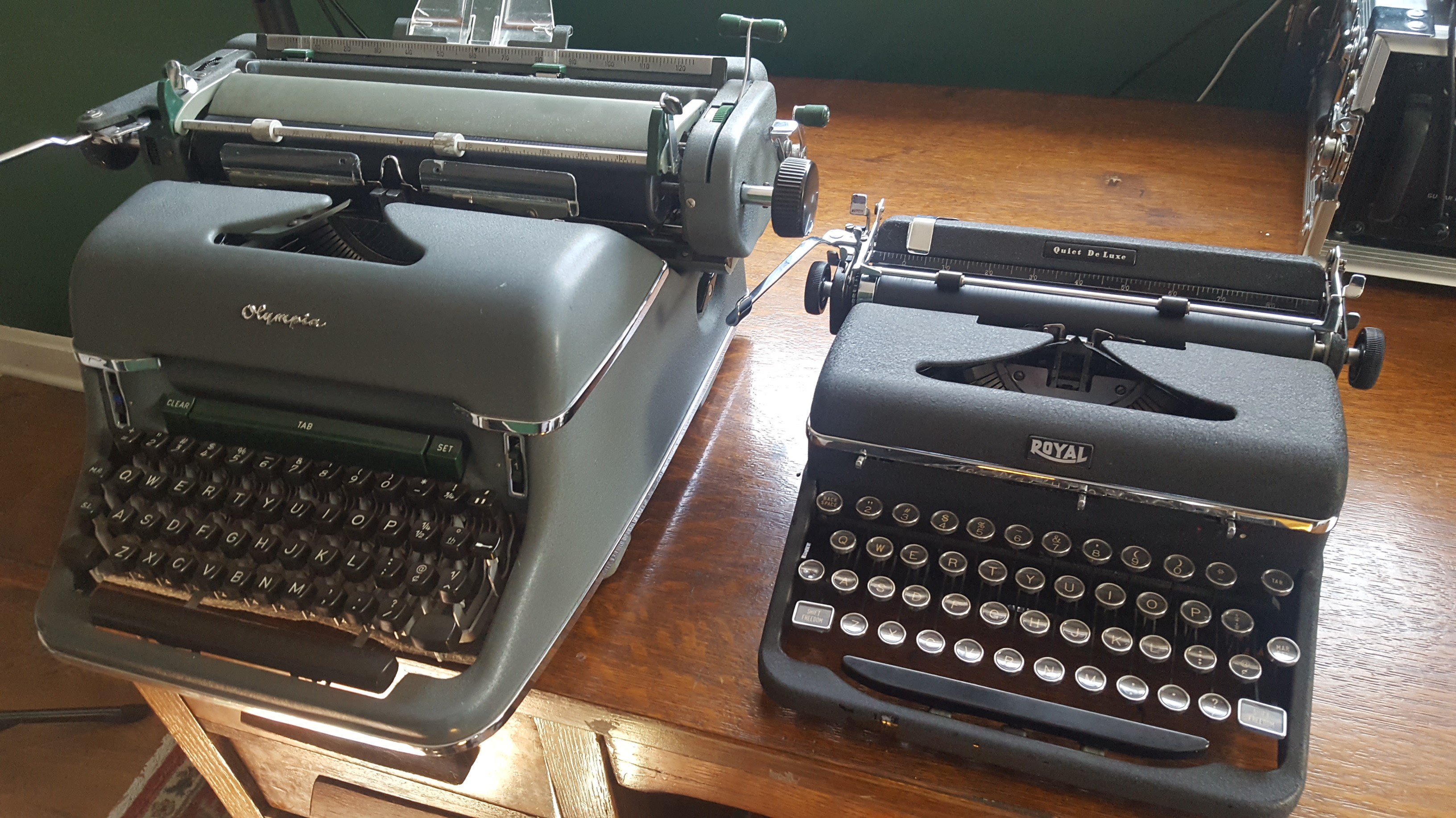 Standard vs. Portable—My Olympia SG-1 next to my Royal Quiet Deluxe