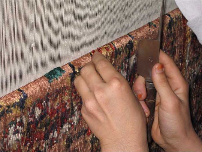 Kashmir Silk Rugs At The Best Price