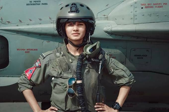 Avani Chaturvedi: The first Indian woman to fly a fighter jet and making  India Proud!   by sanjay   Medium