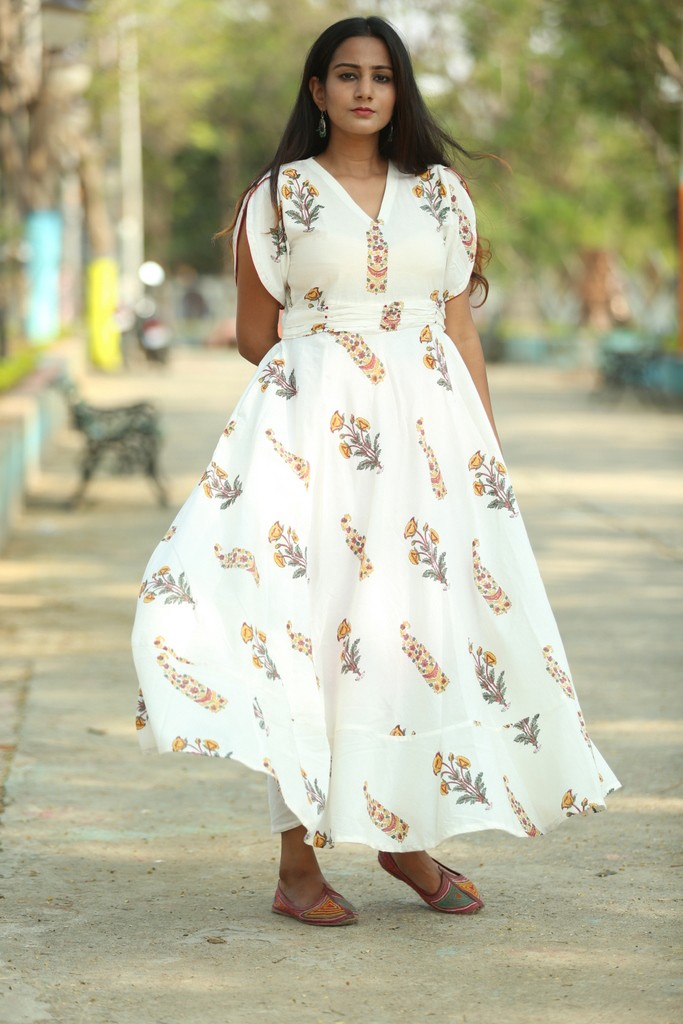 new & pre-owned designer cheapest attractive style Cotton Summer Dresses for Women Online - Bebaak studio - Medium