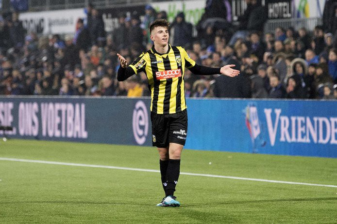 Scouting Mason Mount: The Chelsea Loanee Trying to Buck the