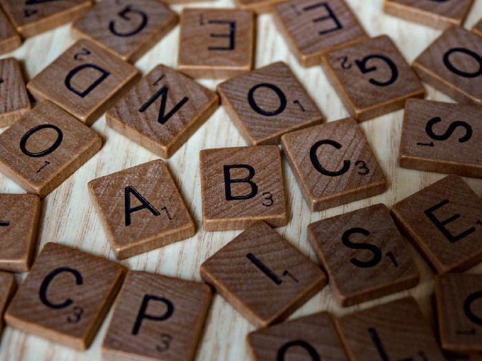 Letters to play scrabble