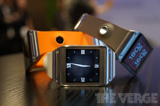 Samsung Galaxy Gear/The Verge