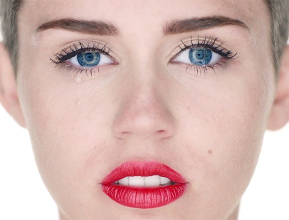 Still from wrecking ball Video