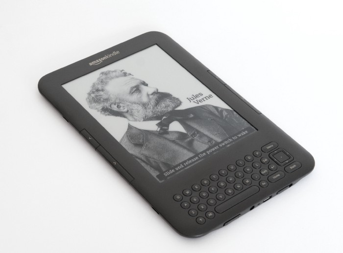 5 Reasons Why I'm Leaving Amazon Kindle Ecosystem - </dev> diaries