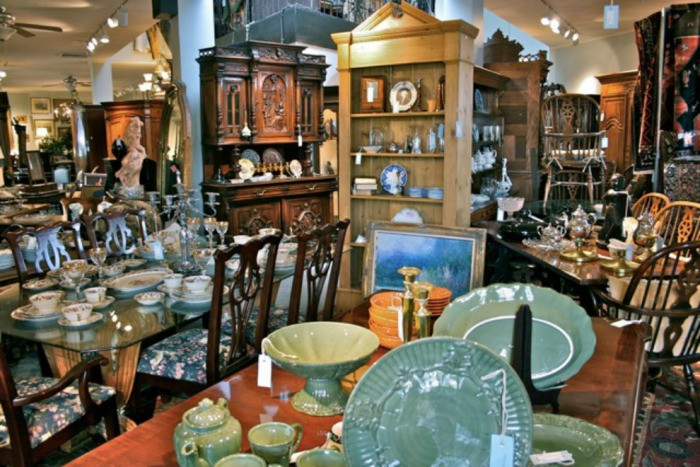 Find Genuine Buyers Online For Your Priced Antique Collection
