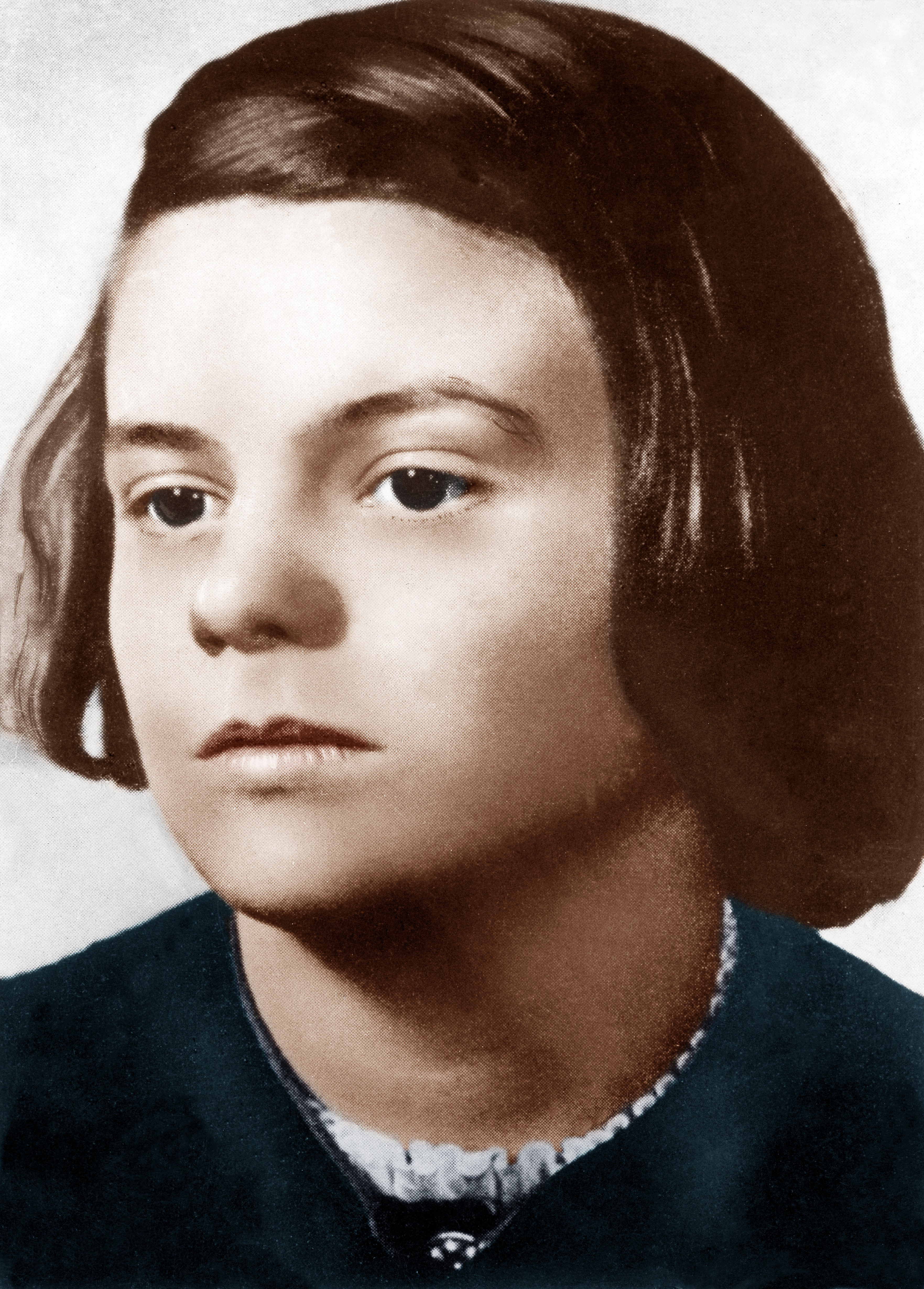 Beheaded By The Nazis At Age 21  Sophie Scholl Died