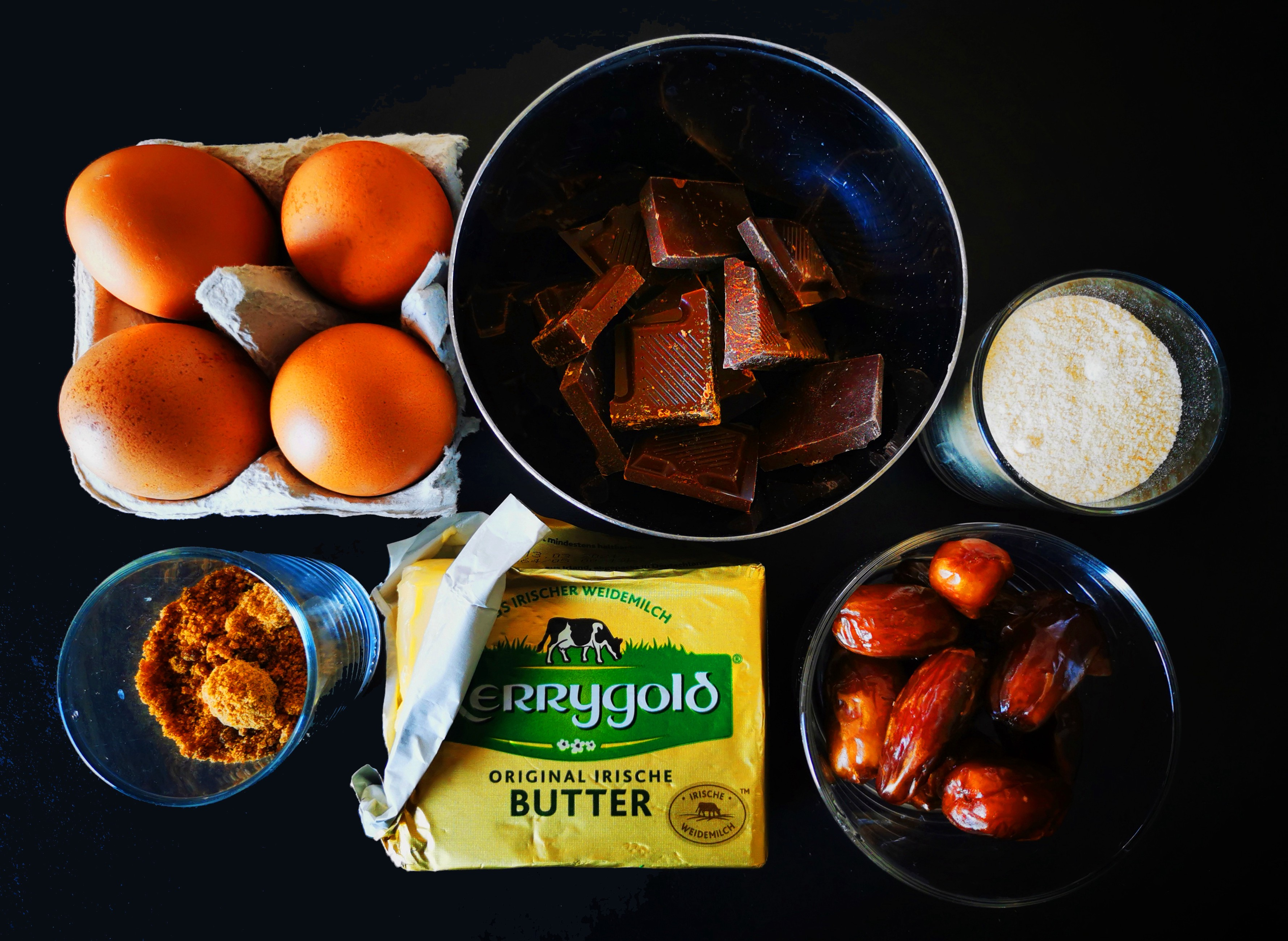 Those are the 5 to 6 ingredients I used for a simply brownie recipe.
