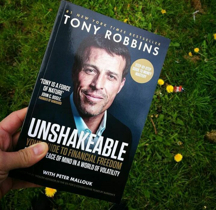 Complete review of Tony Robbin's book Unshakeable - Ivan