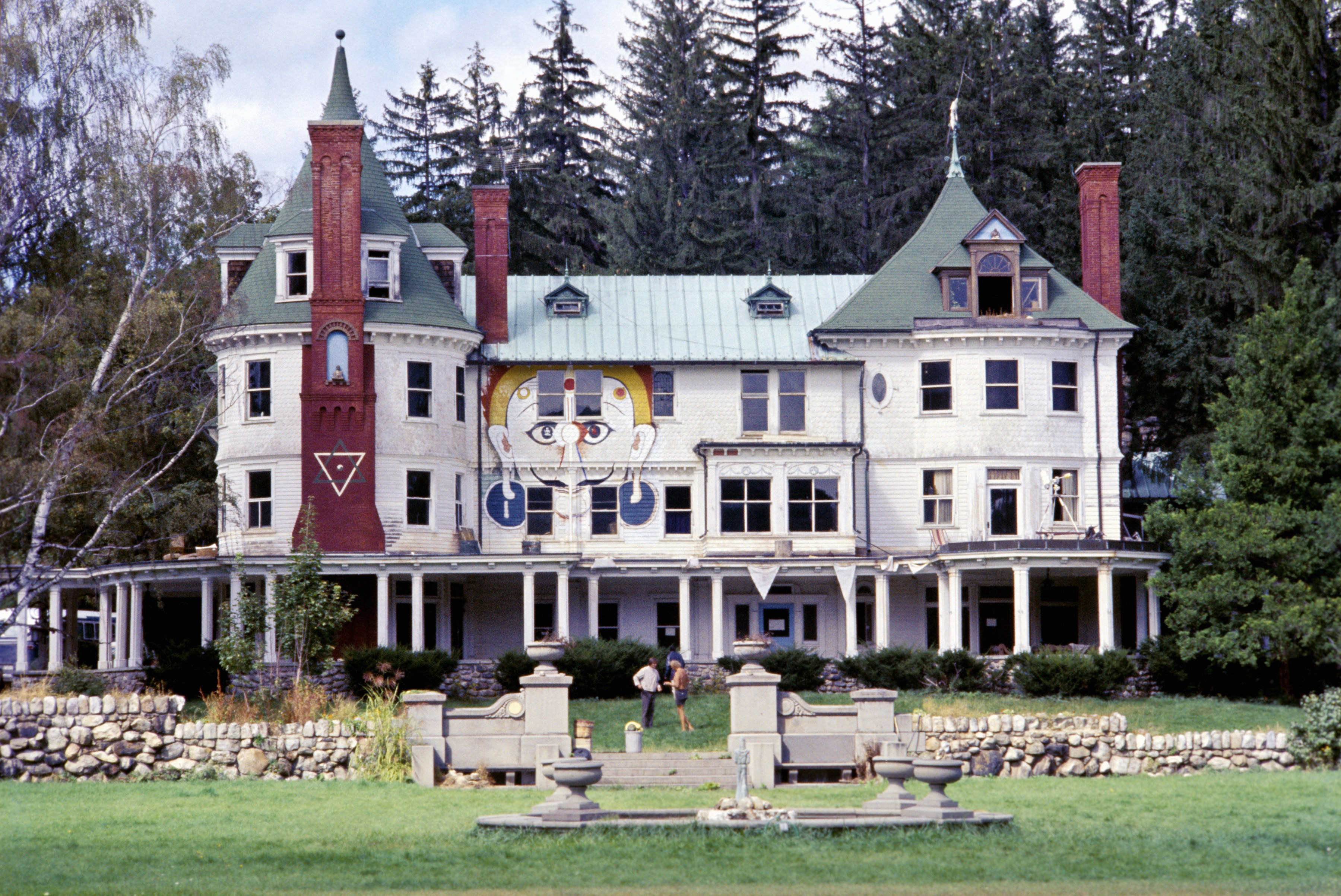 This magical drug mansion in Upstate New York is where the