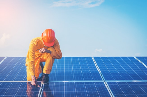 Looking to install rooftop solar panels in India? Hire a
