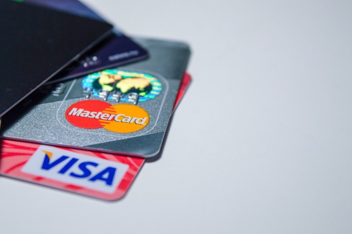 Credit suite medium secrets of getting business credit cards that do not report to personal credit that so many dont know colourmoves