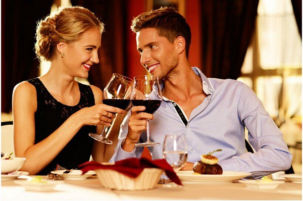 At Heart to Heart you can meet professional singles and learn dating tips with a professional matchmaker.