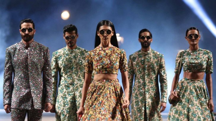 Top Bridal Looks From Lakme India Fashion Week 2015 By Weddingz In Medium