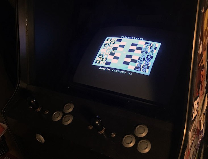 Console- and 8-bit home computer gaming on your 80s arcade