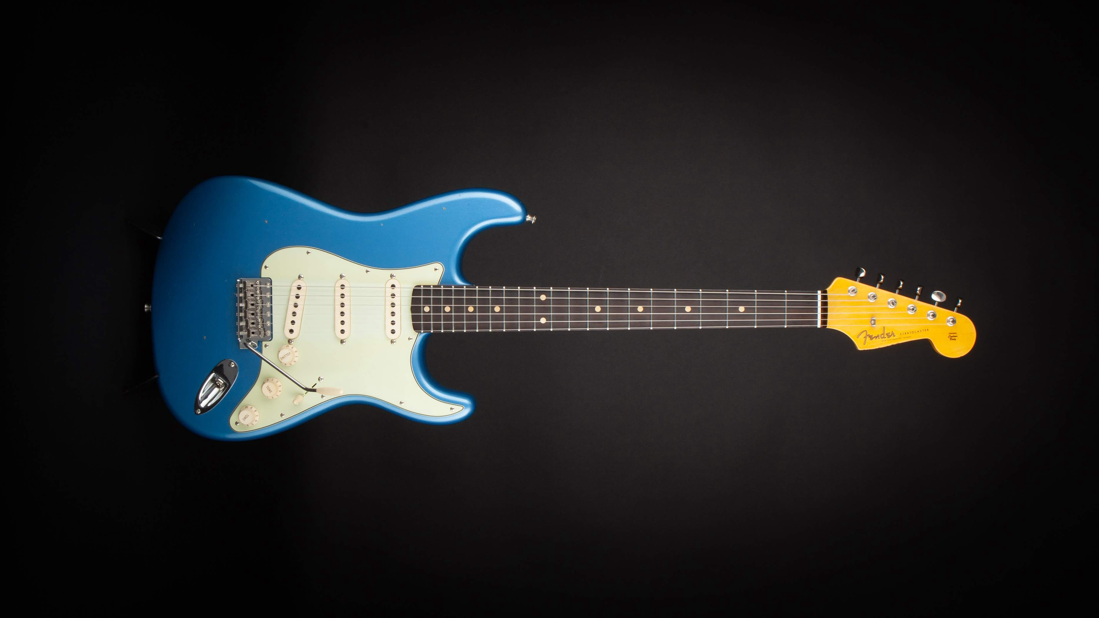 New Guitar Day: Fender Custom Shop Stratocaster - fretboard