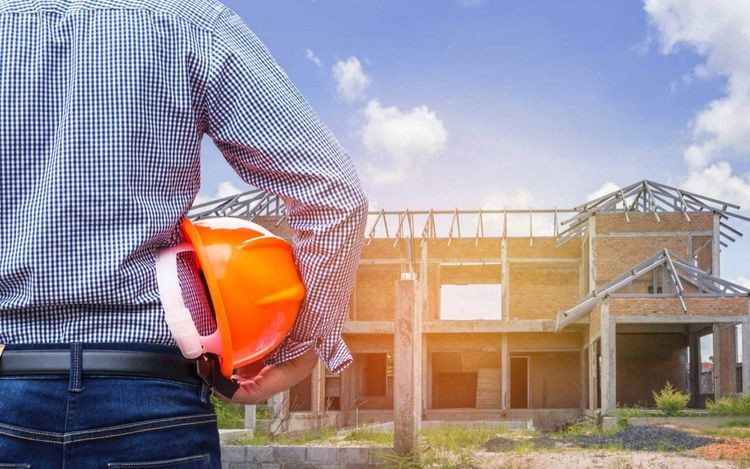 How To Choose The Best Roofing Contractor Housener Com Medium