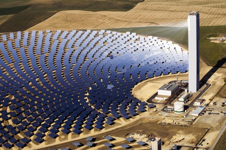 A Beginners Guide To Concentrated Solar Power Csp By Evan Clark Cleantech Rising Medium