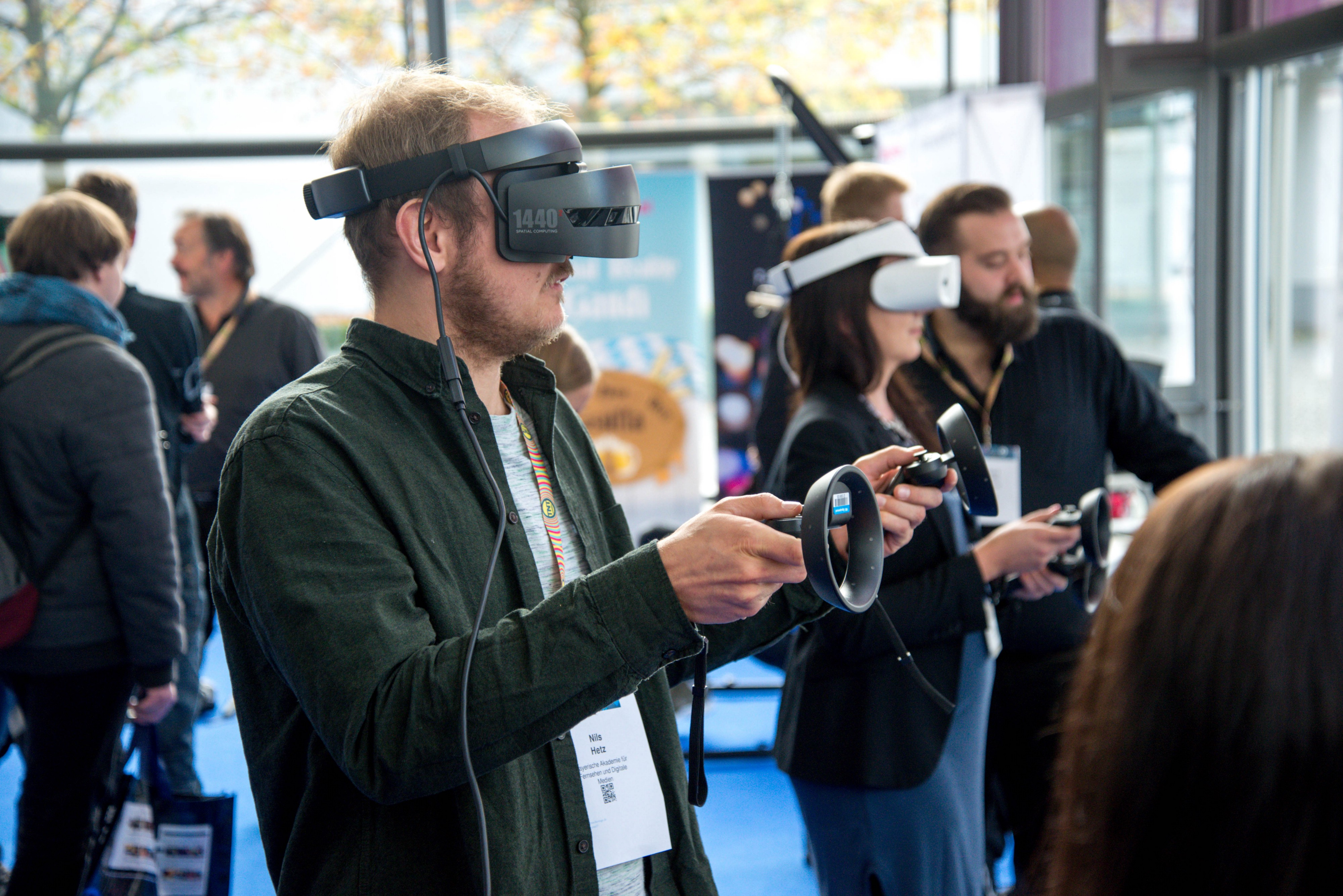 Augmented Reality And Virtual Reality Technology In Gaming Industry