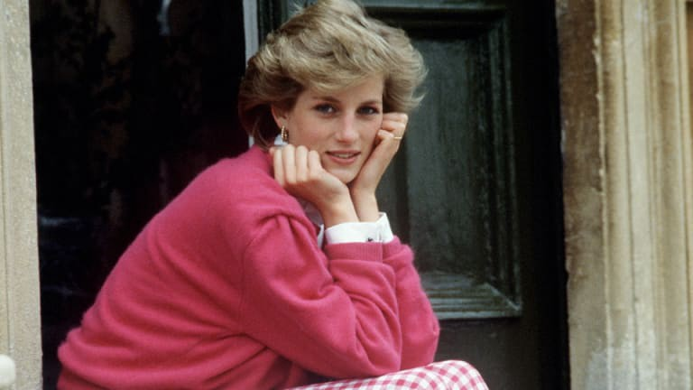 what made princess diana a true fashion icon by princess diana medium made princess diana a true fashion icon