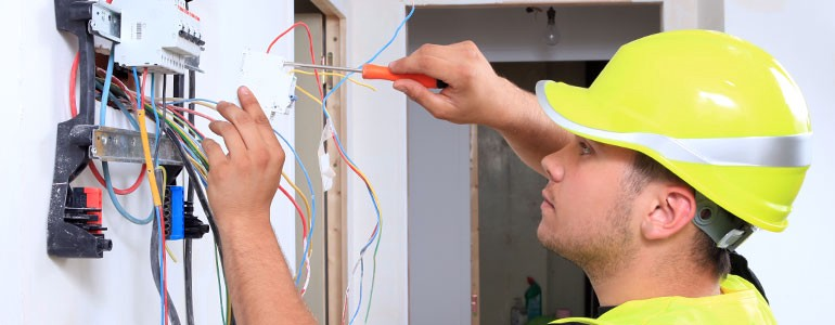 Tips for Choosing an Electrical Contractor - lectrical ...