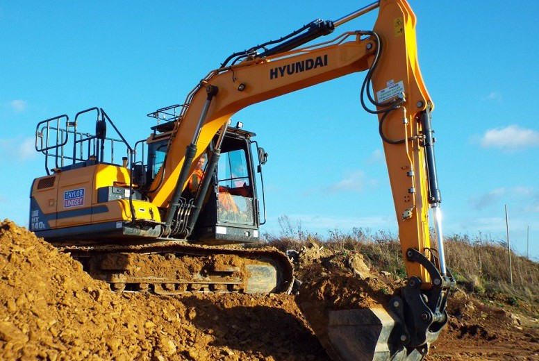 Check out the ideal Excavators for rent in Dubai, UAE