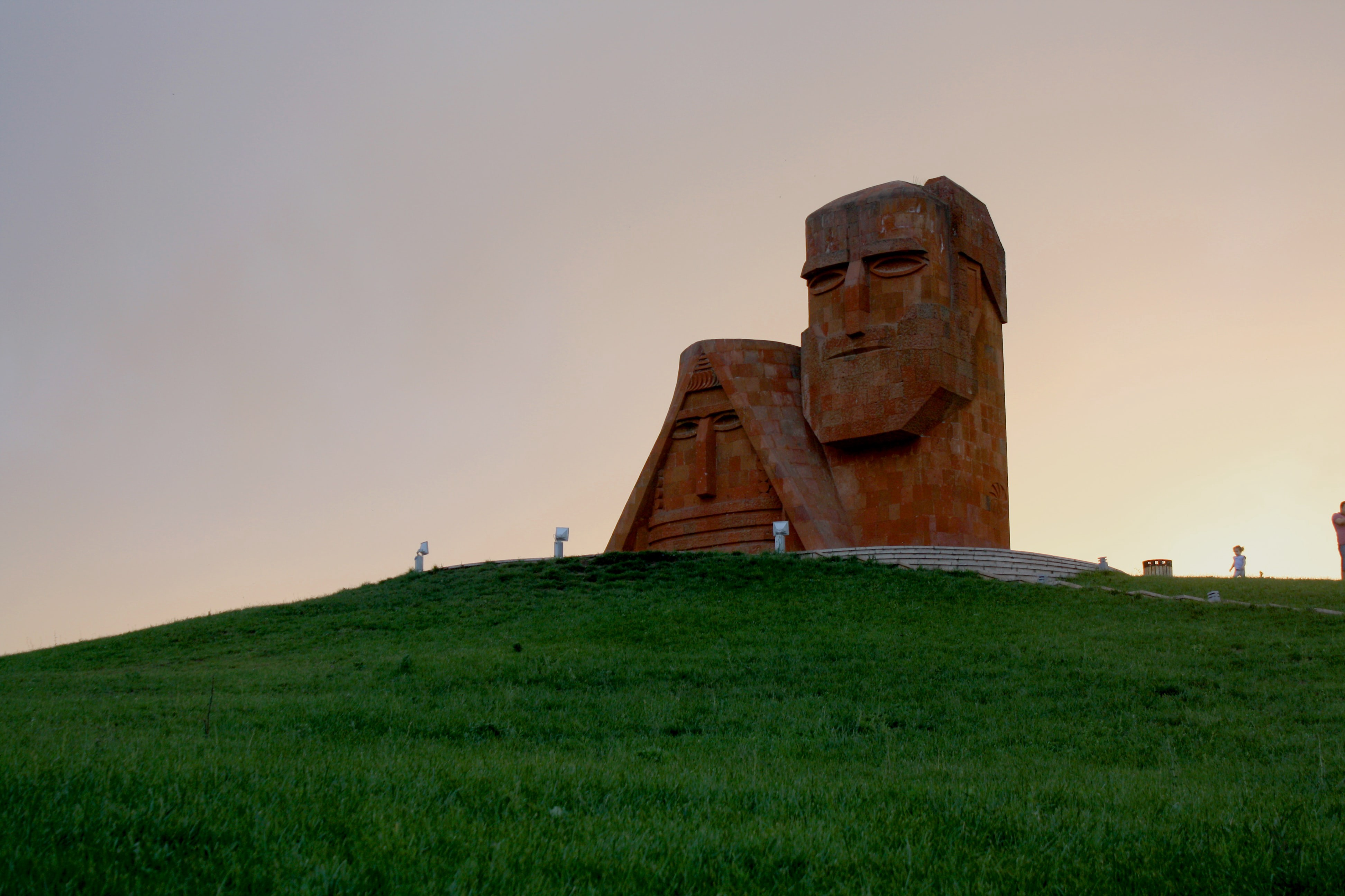 Statues of the heads of Armenian grandma and grandpa in Nagorno-Karabakh (Artsakh)