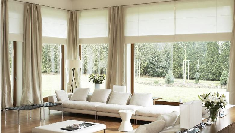 Confused Amid Curtains Or Blinds Here S A Distinction Clearing All Your Concerns By Meta Blinds Medium
