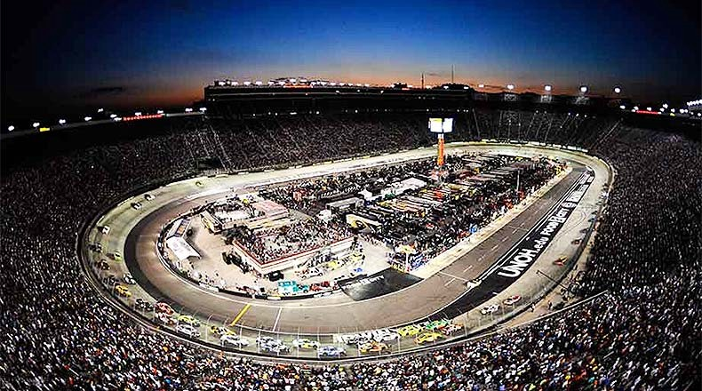 LIVE!! Bass Pro Shops Night Race at Bristol #LiveStream