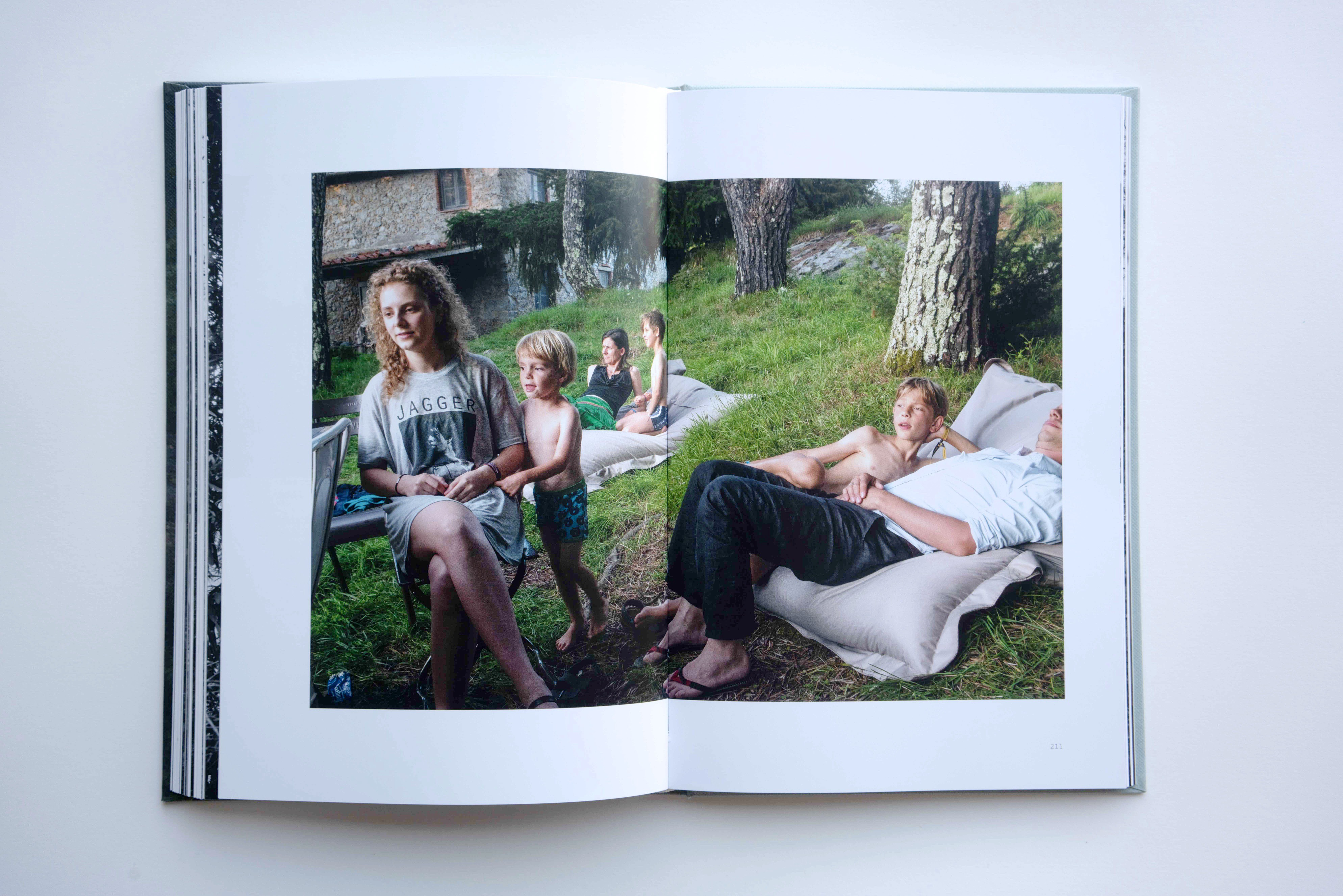 """""""Whereabouts"""" photobook by Marc Steculorum"""