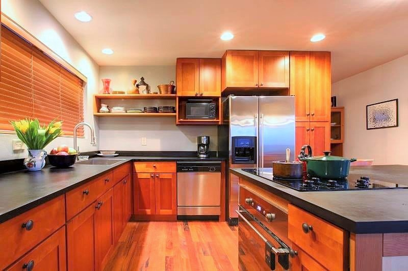 Tips How To Choose Plywood And Laminates For Your Kitchen Cabinets By Rollinglogs Medium