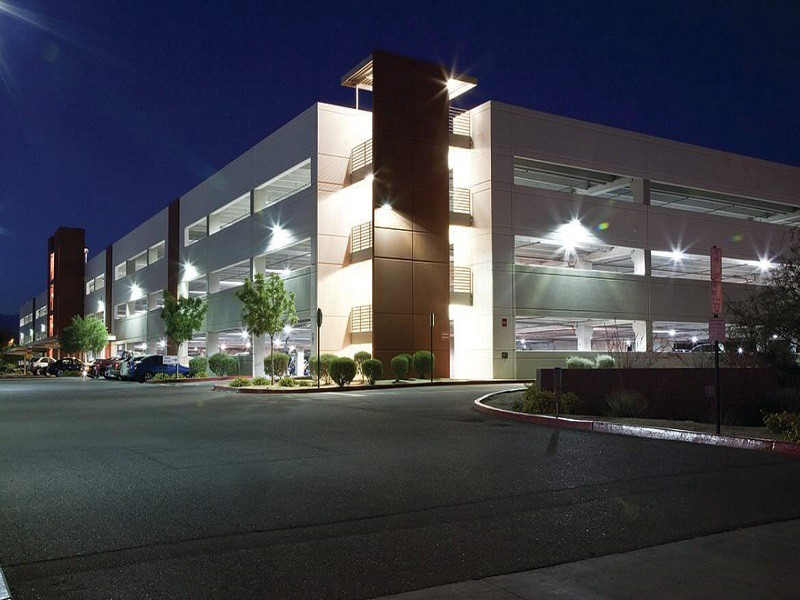 Advantages Of Led Flood Lights For Commercial Property Owners