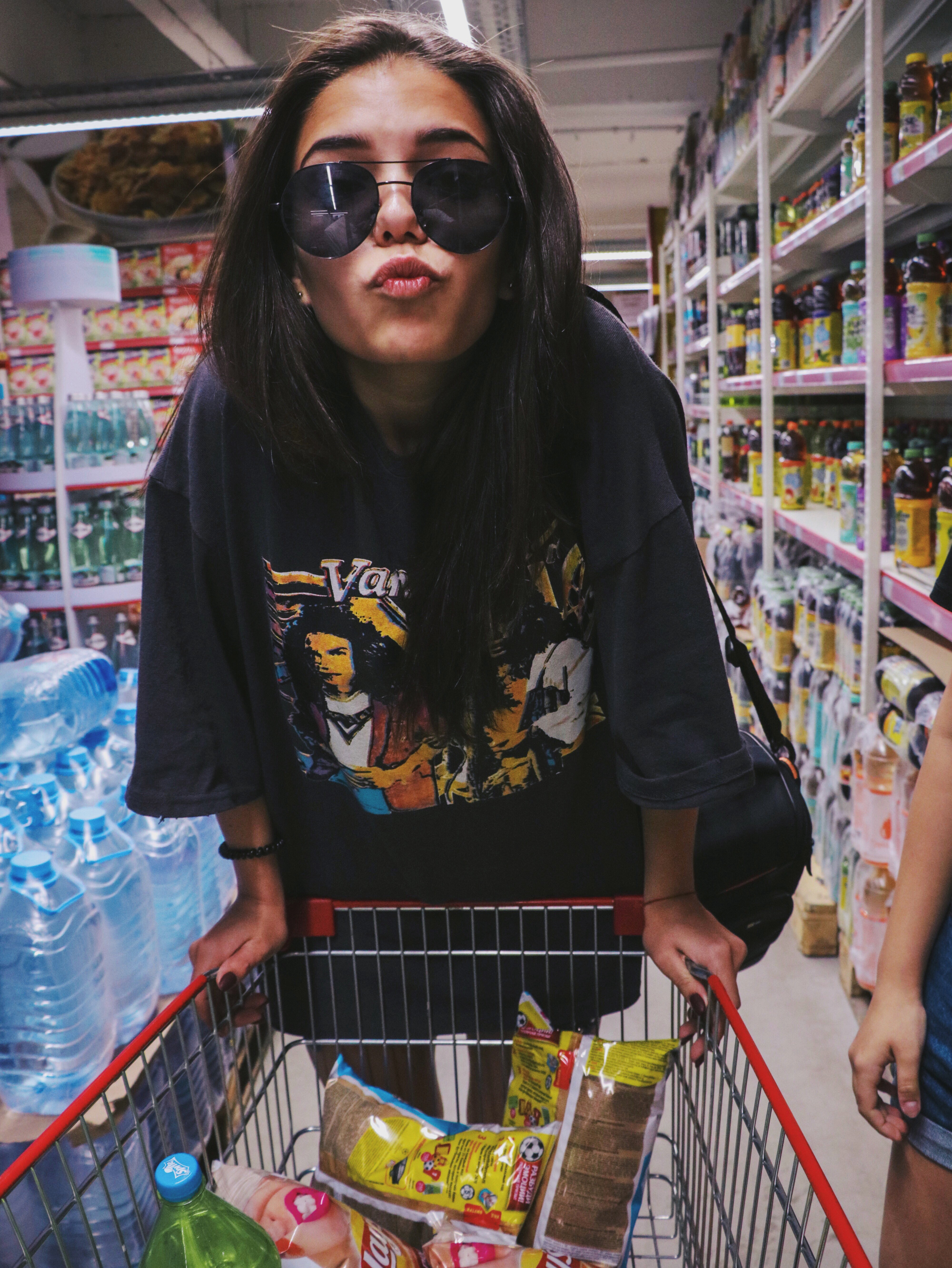 woman shopping for fast products