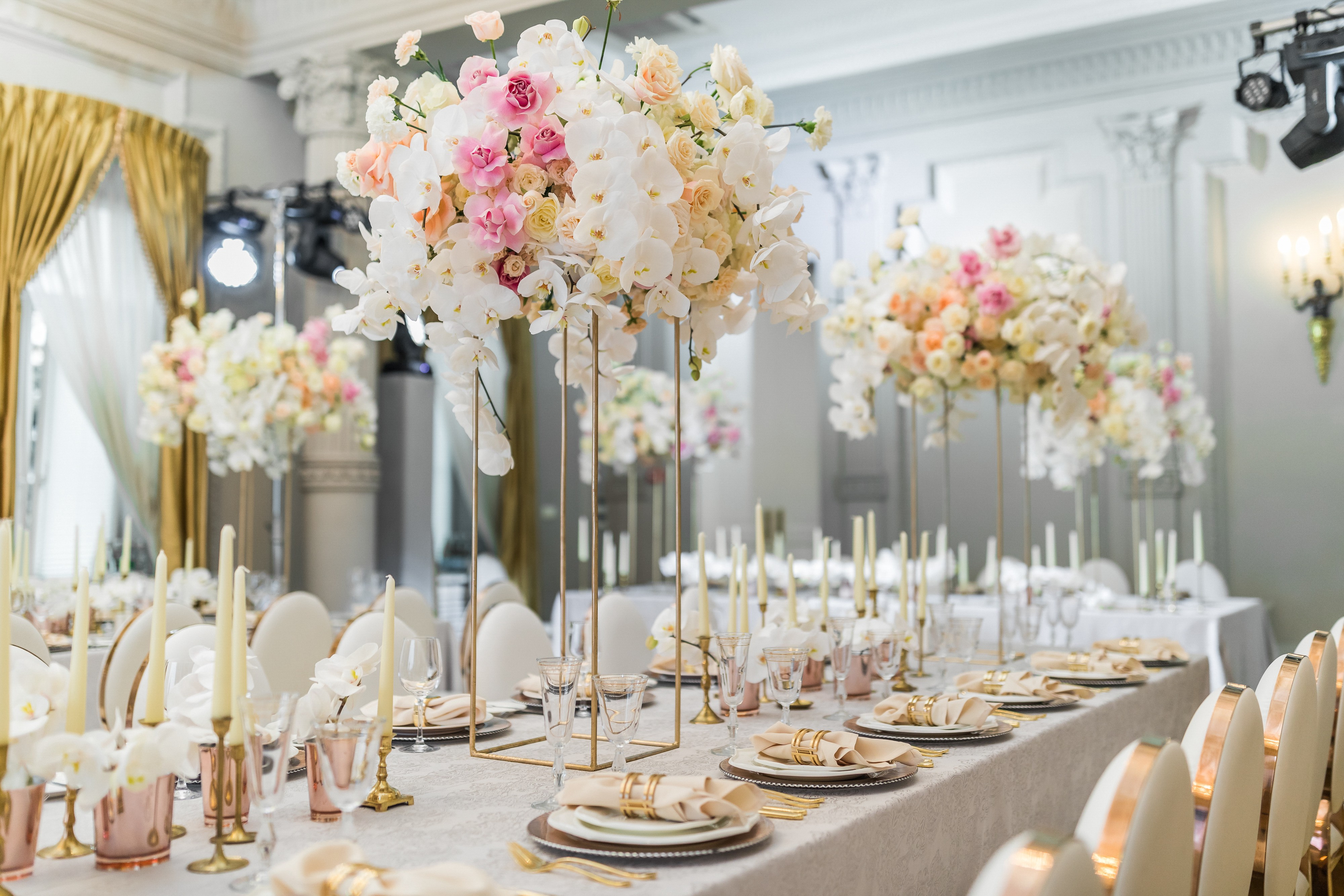 8 Smart Ways to Save on Your Wedding Decor Costs  by Nicholle