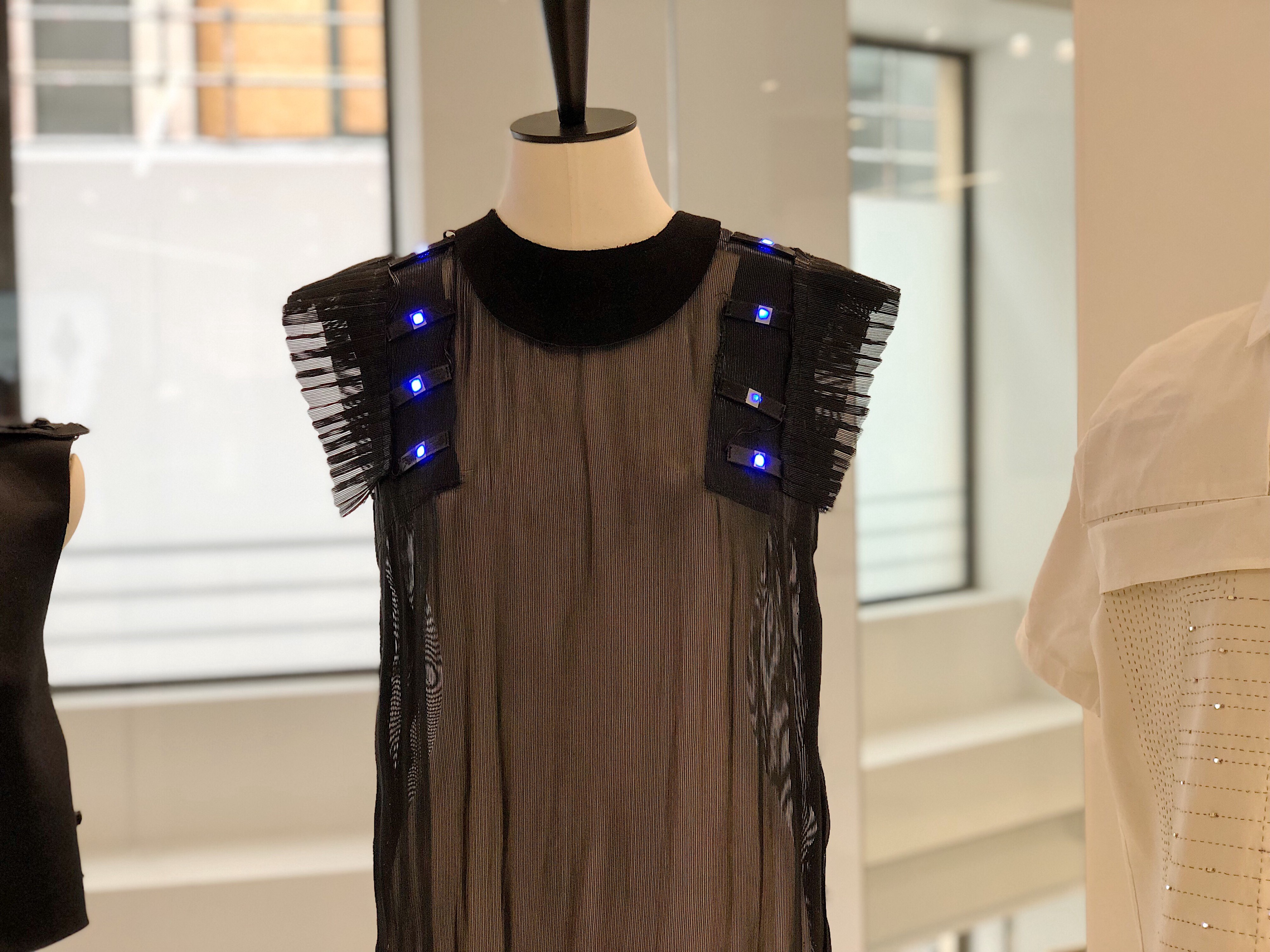 Is Technology The Future Of Fashion By Vitoria Valente Medium