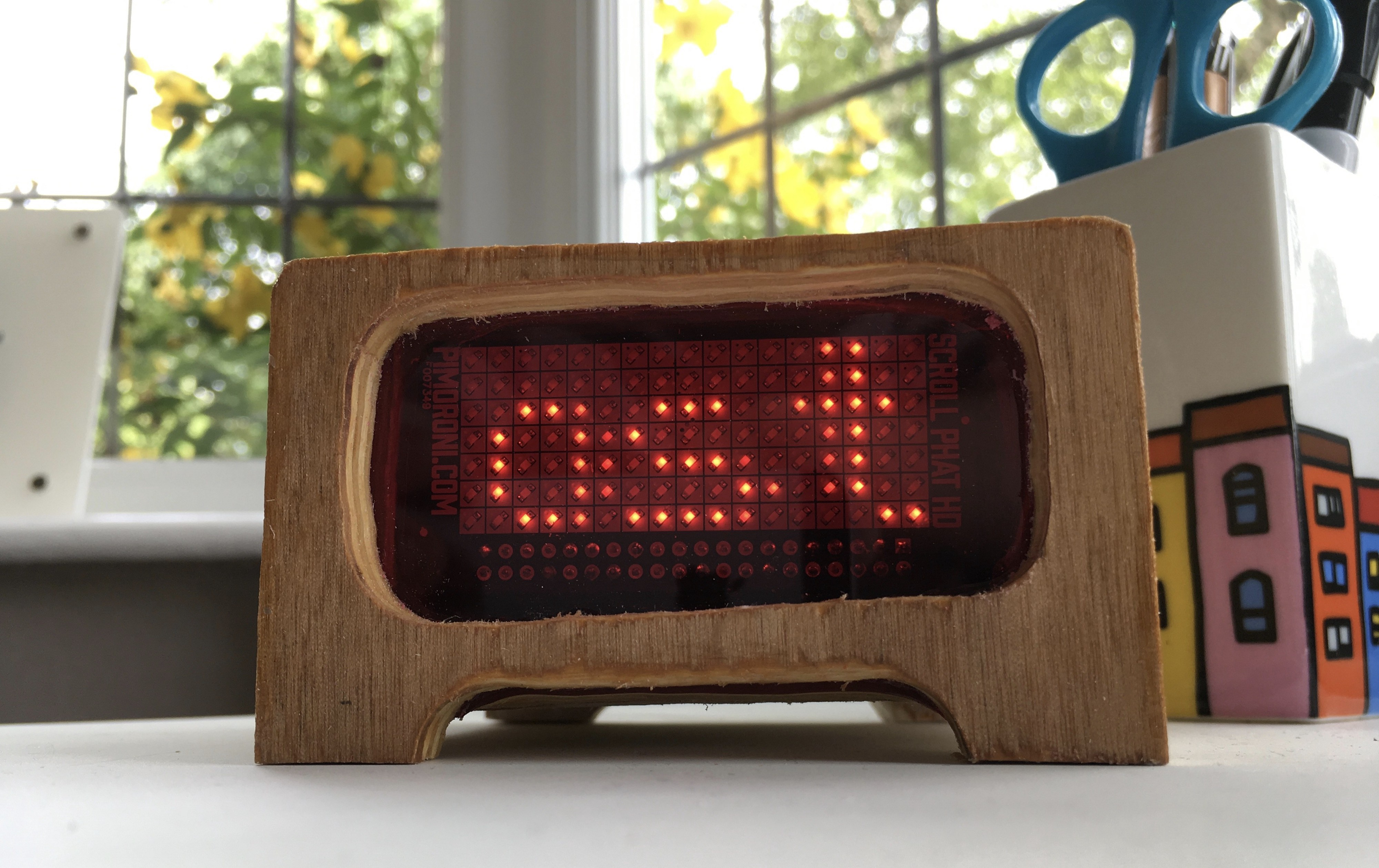 A Wooden Pi Zero W-Powered Twitter Ticker for Your Desk