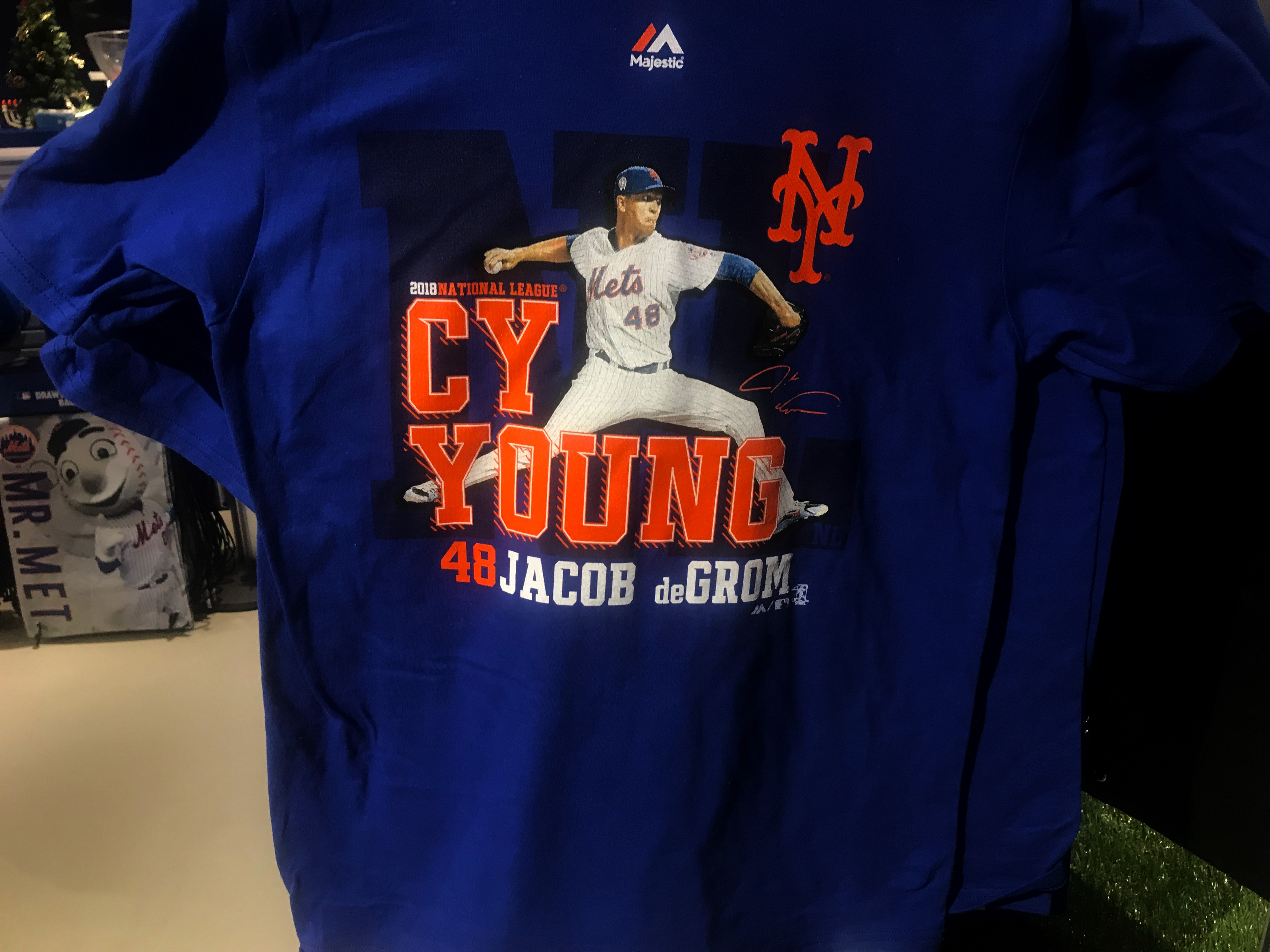 cheap for discount f0fdb 729d4 Mets Team Store Loaded with Great Gifts - Mets Insider Blog
