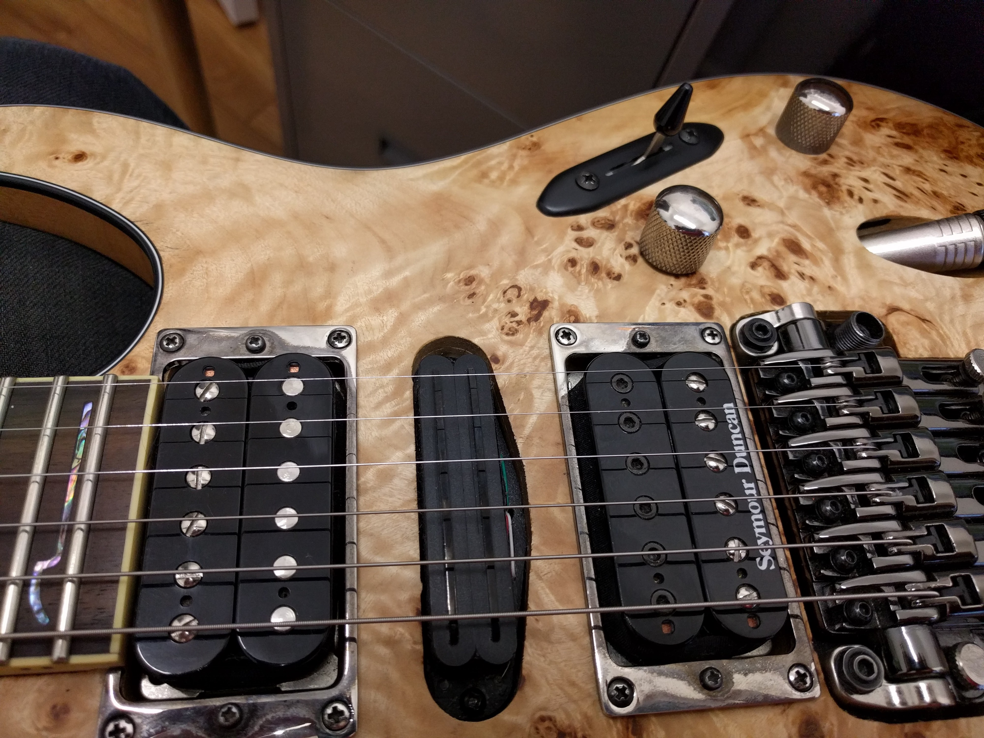 Public Service Announcement: re-wiring an Ibanez S770 PB on
