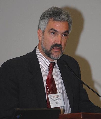 An image depicting American historian and author Daniel Pipes