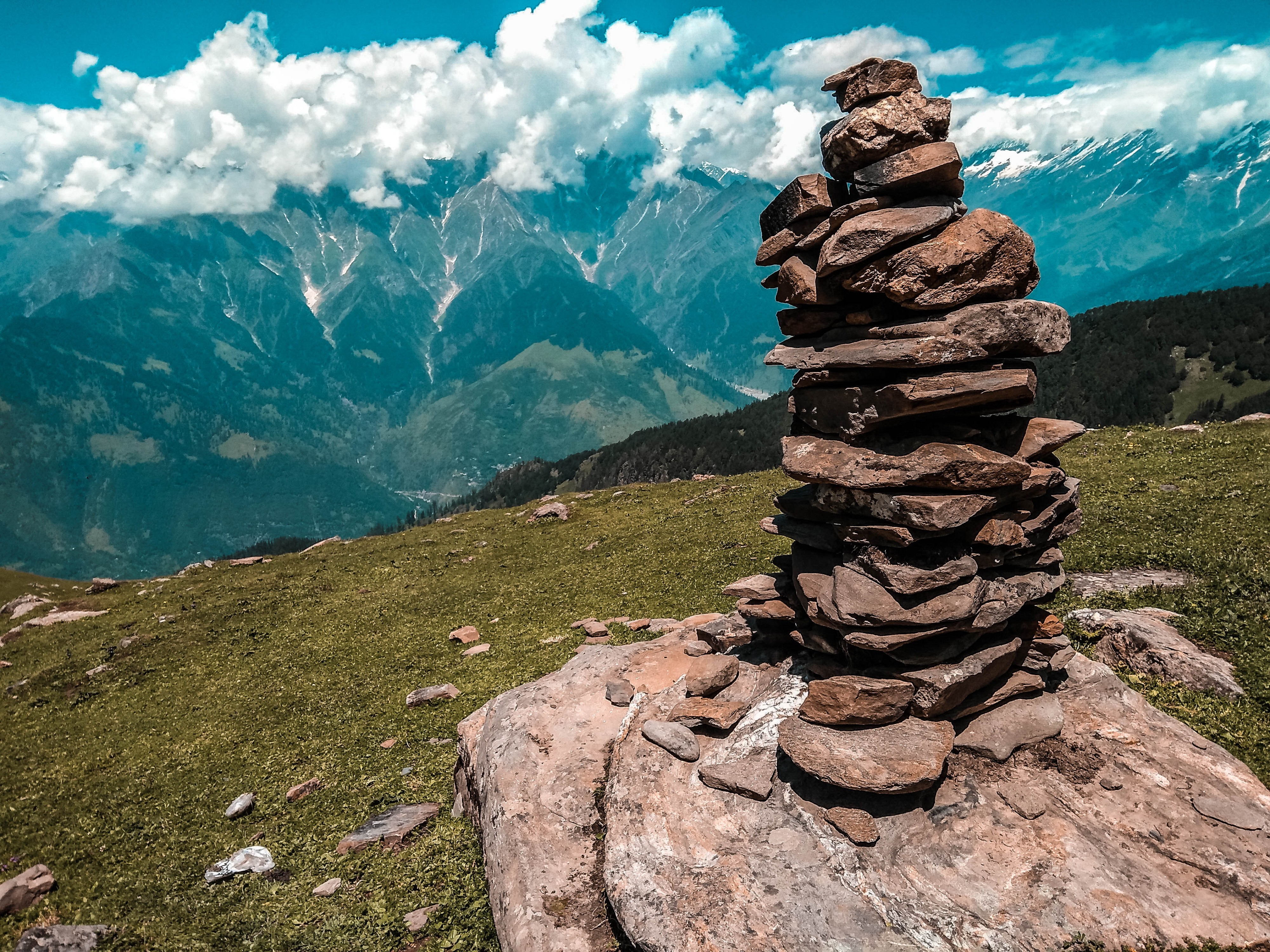 Out In The Himalayas A Trekking Experience I Cannot Forget By Travel Earth Medium