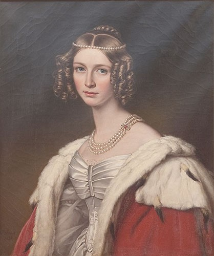 Theodolinde painted wearing a white dress, fur cloak, and triple strand of pearls. She has curly, light brown hair.
