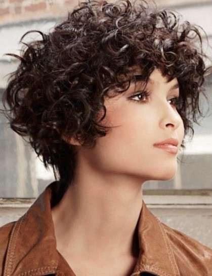 Curly Medium Hairstyles For Women 2019 2020 By Haircuts