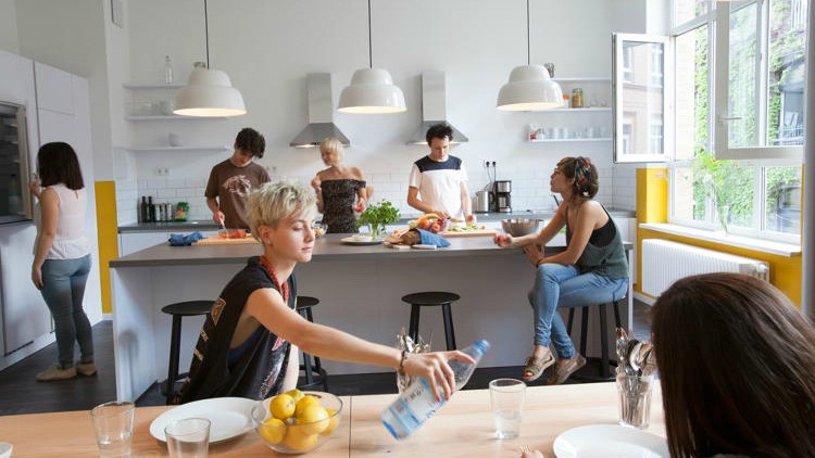 Who Lives In A Co Living Building Syzo Medium