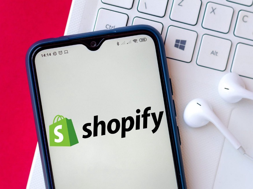The Shopify app.