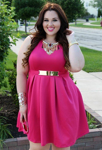 d3af1061d43f9 How to Wear Plus Size Cocktail Dresses to Sizzle the Night!