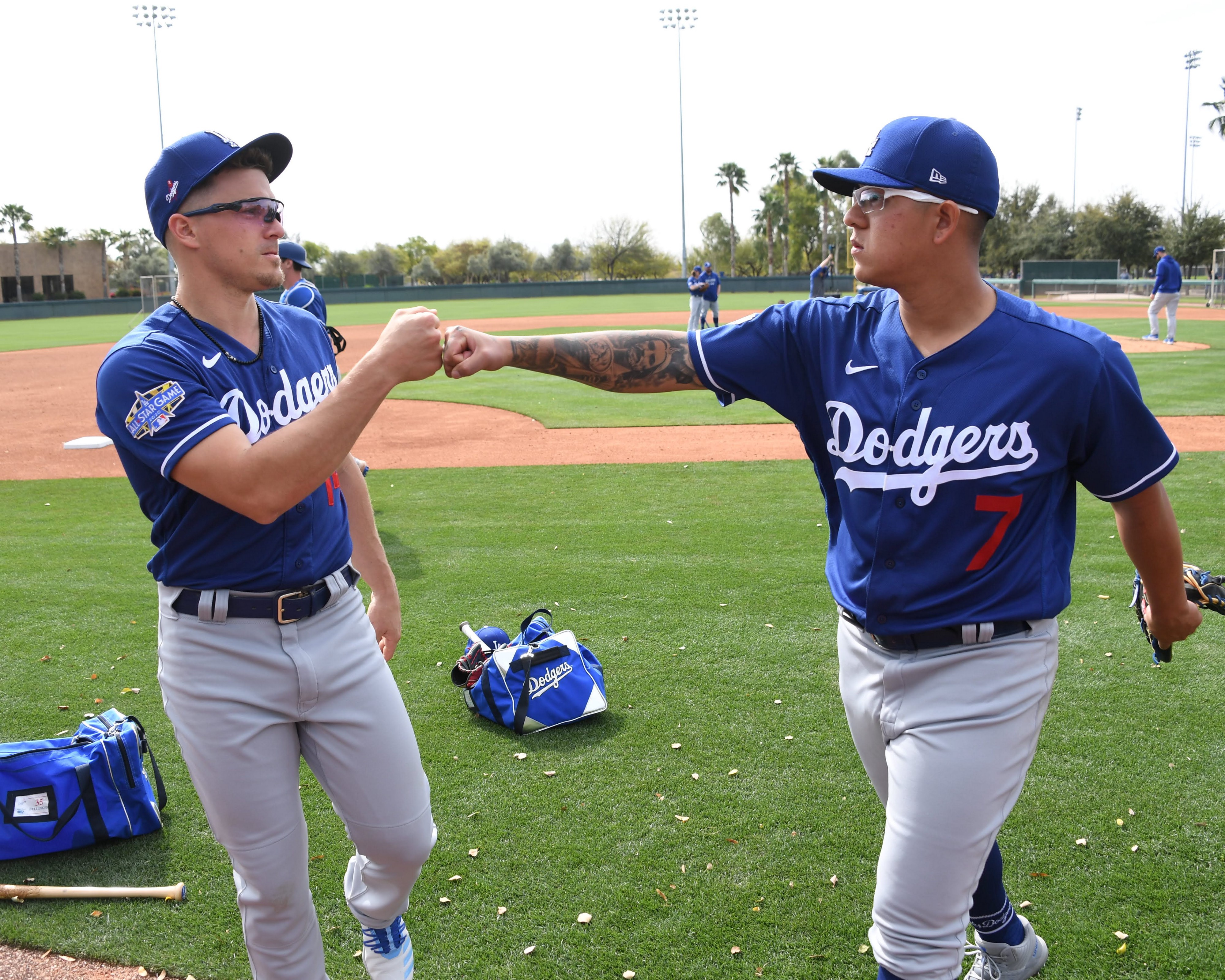 Dodgers To Hold Their First Spanish Language Zoom Party Thursday By Rowan Kavner Dodger Insider