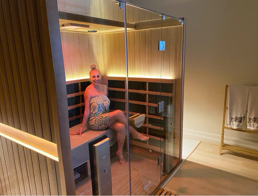 WHY INFRARED SAUNAS ARE THE HOTTEST HEALING MODALITY IN BIOHACKING