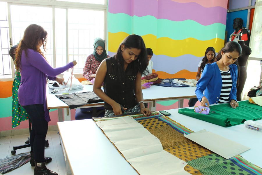 How To Choose A Fashion Designing Colleges In Chennai By Lucy Leoparker Medium