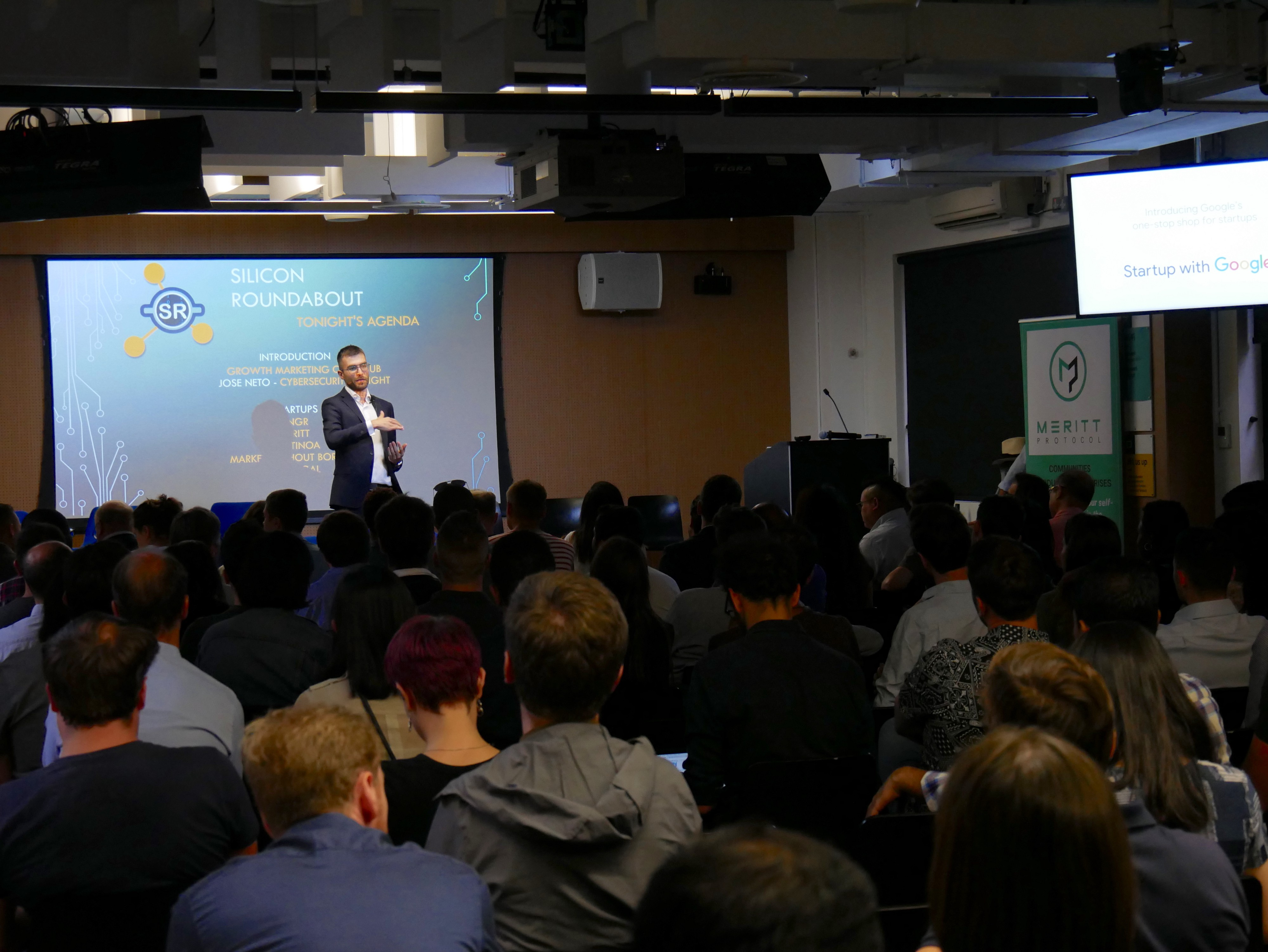 Startup pitching event in London by Silicon Roundabout