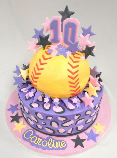 Super 10 Beautiful Birthday Cakes That Look Almost Too Good To Eat Personalised Birthday Cards Paralily Jamesorg